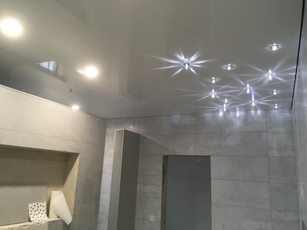 Badezimmer-mit Sternenhimmel-in -Neuthard14